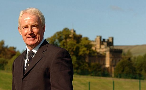 Petition to Rename Lennoxtown: Tommy Burns Academy